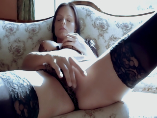 Glam Babe Masturbating In Solitary Carry on